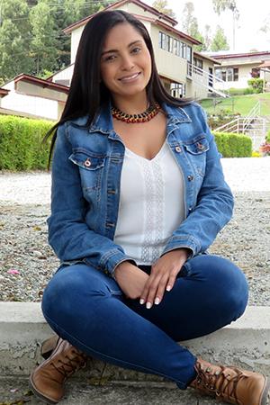 Luisa María Castillo Gil - Auxiliar operativa